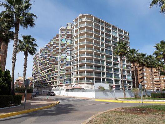 Apartamentos Mondrian Marina Dor 3000