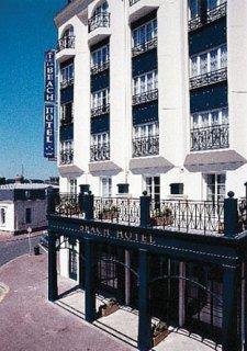Apartamentos pierre et vacance residence le beach for Appart hotel trouville