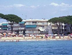 Apartamentos Pins I Mar