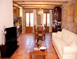Apartamentos Rustic Med Castell