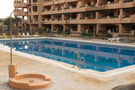 Apartamentos spirit mar almerimar almer a - Apartamentos almeria ...