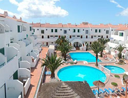 Aparthotel Alondras Park