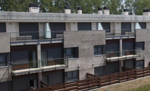 Aparthotel jardines de aristi vitoria lava for Aparthotel los jardines