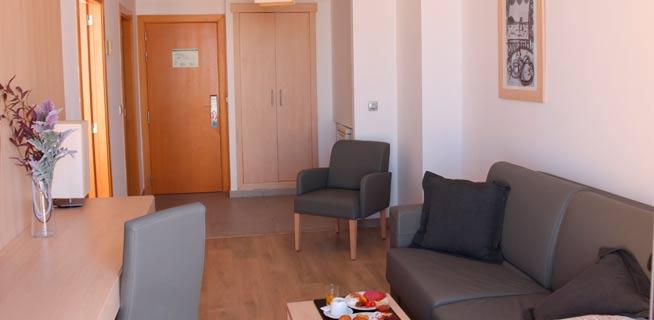 Aparthotel reina vera almer a for Appart hotel 93