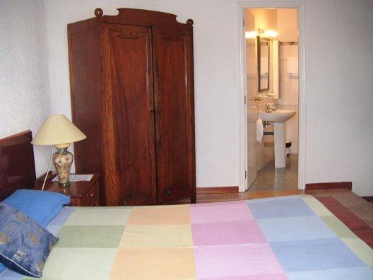 Hostal gay puerta del sol madrid madrid madrid for Hostel puerta del sol