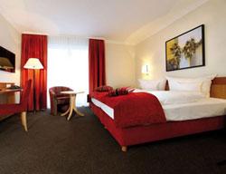 Hotel Adelante