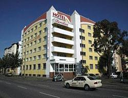 Hotel Berolina Airport
