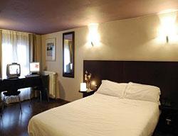 Hotel Calais Montmartre