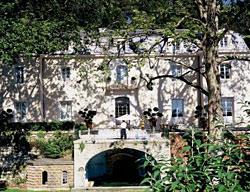 Hotel Chateau Et Residence De Bionne