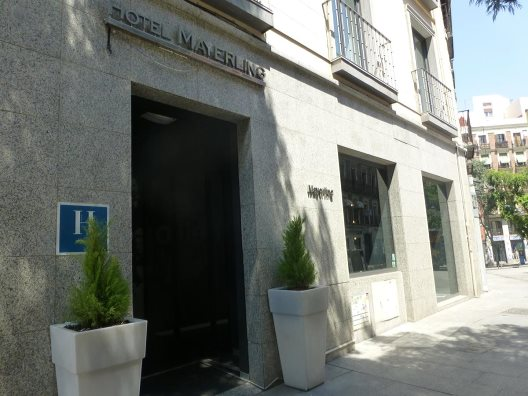 Hotel chic and basic mayerling madrid madrid for Hoteles chic en madrid