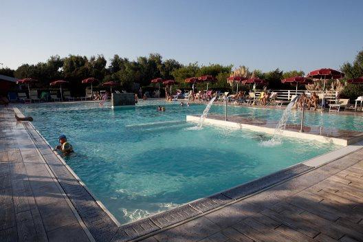 Viaje Cerdeña Hotel Club Esse Sporting%>