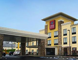 Hotel comfort suites amish country lancaster lancaster for Country living inn lancaster