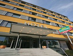 Hotel Courtyard By Marriott Wien Schoenbrunn