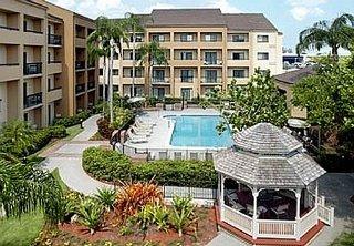 hotel courtyard miami airport west doral area miami. Black Bedroom Furniture Sets. Home Design Ideas