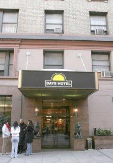 hotel days inn new york city broadway upper west side. Black Bedroom Furniture Sets. Home Design Ideas