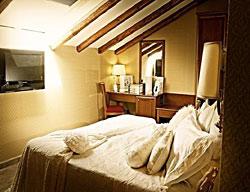 Hotel De Curtis