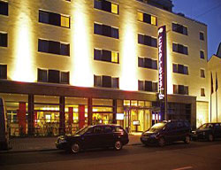 Hotel Express By Holiday Inn Frankfurt-messe