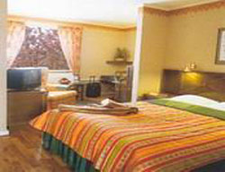 Hotel First Garden