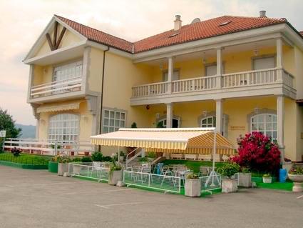 Hotel gallego pulse para liar imagen