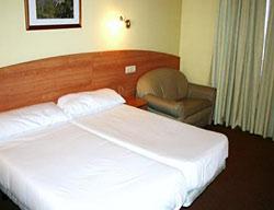Hotel Holastays Montalari