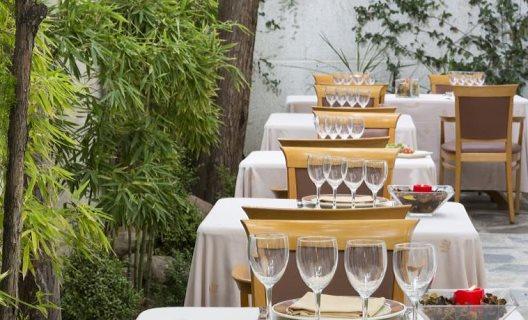 Hotel jardin de tres cantos tres cantos madrid - Jardin de tres cantos ...