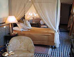 Hotel La Maison Bleue