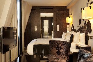 Hotel les jardins de la villa arr 17 arc de triomphe for Les jardins de la villa porte maillot