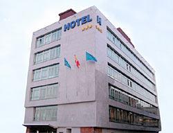 Hotel Longoria Avenida