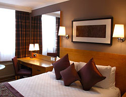 Hotel Menzies Strathmore Luton