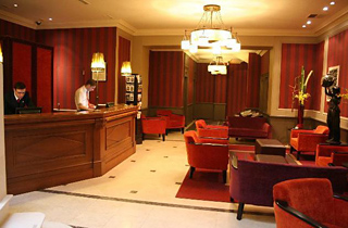 Mercure Hotel Paris Near Gare Du Nord