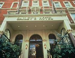 Hotel Millennium Bailey's