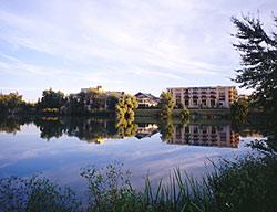 Hotel My Suite Inn Lognes Marne La Vallee Le Roi Du Lac
