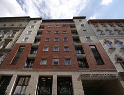 Hotel Queens Court