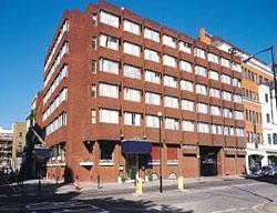 Hotel ramada plaza gatwick crawley londres - Hotel ramada londres ...