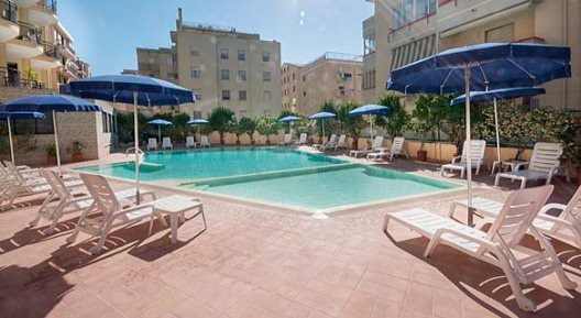 Viaje Cerdeña Hotel Rina Sardinia%>