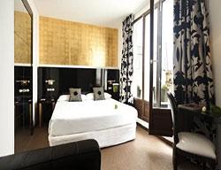 Hotel Room Mate Leo