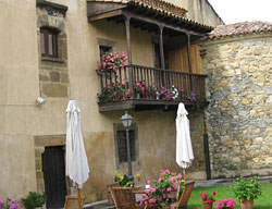 Hotel Rural Castillo Valdesalas