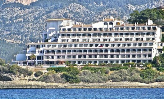 Hotel sentido punta del mar spa adults only santa ponsa for Aparthotel trh jardin del mar