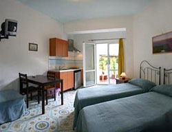 Hotel Sorrento Town Suites