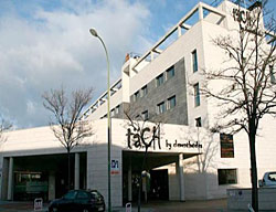 Hotel Tach Madrid Airport