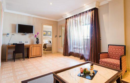 Hotel vp jardin metropolitano madrid madrid for Vp jardin metropolitano