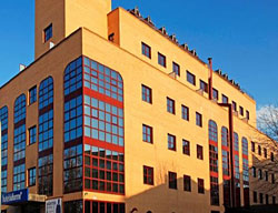 Hotel Deals B&B Fuenlabrada + Entradas 2 Días a Warner Madrid