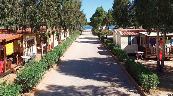 Viaje Cerdeña Village Laguna Blu%>